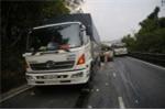 Xe chở đoàn dưỡng sinh gặp nạn trên đèo, 6 người thương vong