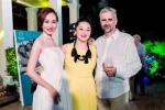 Á hậu Kim Duyên khoe sắc trong tiệc từ thiện tại nhà Tổng lãnh sự Canada
