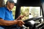 Tài xế xe buýt vừa nhắn tin vừa nhấn ga tốc độ cao