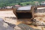 Lũ quét trong đêm ở Sơn La cuốn trôi 46 căn nhà, 14 người thương vong