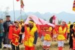 Độc đáo rước 'của quý khổng lồ' trong lễ hội táo bạo nhất Việt Nam
