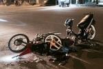 Xe hơi tông liên hoàn trên phố Hà Nội, 3 người nguy kịch
