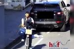 Đi xe đạp khoắng đồ trong ô tô, bị cảnh sát tóm gọn trong 'một nốt nhạc'