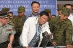 Trung Quốc tặng Philippines hàng nghìn khẩu súng để đối phó phiến quân
