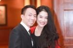Vợ trẻ kém Việt Hoàn 18 tuổi: Lấy chồng nổi tiếng coi chừng tai bay vạ gió