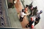 Thực hư thông tin cán bộ phường cầm gậy vây bắt chó nằm trước cửa nhà dân