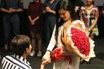 Toàn bộ clip Tim bao trọn rạp chiếu phim cầu hôn Trương Quỳnh Anh