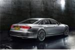 Bất ngờ lộ ảnh Audi A8 2018 với 'tuyệt chiêu' đỗ xe tự động trước ngày ra mắt
