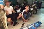 Bắt nhóm côn đồ xông vào nhà chém con nợ ở Sài Gòn