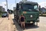 CSGT truy bắt tài xế xe tải đâm chết người bỏ chạy