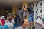 Clip: Trộm cắp, hiếu kỳ, phản cảm khó chấp nhận trong đám tang Minh Thuận