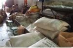 Bắt quả tang 10 tấn đường cát trắng và thuốc lá nhập lậu