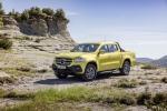 Mercedes-Benz lần đầu tiên ra mắt xe bán tải hạng sang, giá 980 triệu đồng