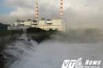 Nhà máy Nhiệt điện Quảng Ninh xả nước nóng như lò xông hơi: Chính quyền nói 'vẫn bình thường'