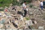 Người dân lại phát hiện thêm bãi rác 'khủng' nghi của Formosa đổ trộm