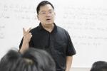 Chủ tịch FPT Software và bài học 'Tăng trưởng hay là chết' cho thạc sỹ Việt