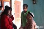 Ảnh: Ngày đoàn tụ gia đình đẫm nước mắt của cô gái 16 năm bị bán sang Trung Quốc