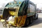 Người đàn ông sống sót thần kỳ dù bị nén nhiều lần trong thùng xe rác