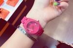 Quên hàng hiệu đi, đây mới là những mẫu đồng hồ tất cả các cô gái phải có trong hè này