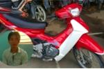 Thanh niên hung hãn chặn người đi đường cứa cổ, cướp xe