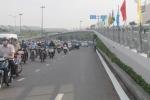 Thông xe sớm 2 cầu vượt, giải cứu sân bay Tân Sơn Nhất
