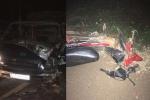 Xe máy đấu đầu xe tải, 2 thanh niên chết thảm