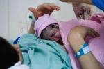 Bé gái sinh vào thời khắc đầu tiên của năm Bính Thân 2016