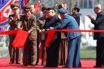 Video, ảnh: Ông Kim Jong-un cắt băng khánh thành khu phố tráng lệ, hiện đại nhất Triều Tiên