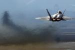 Điều 'hàng xa xỉ' F-22, Mỹ dùng dao giết trâu đi mổ gà?