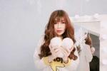 Hot girl 9X Sài thành khoe ảnh mới lãng mạn đón Noel