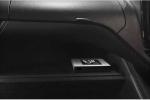 Toyota sẽ loại bỏ chìa khóa kim loại, dùng điện thoại thông minh để khởi động xe
