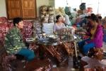 Bệnh viện sắp cưa chân vì viêm khớp nặng, được lương y người Thái chữa khỏi ngoạn mục