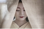 Cuộc sống bí ẩn của các thiếu nữ khổ luyện thành geisha ở Nhật Bản