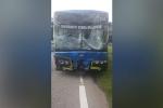 SEA Games 29 liên tục gặp sự cố: Đến lượt xe bus chở VĐV gây tai nạn