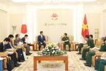Đại tướng Ngô Xuân Lịch tiếp cố vấn đặc biệt của Thủ tướng Nhật Bản