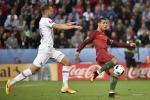 Ronaldo khiến Real lo 'sốt vó'; Sir Alex 'giật dây', M.U nổ 'BOM TẤN'