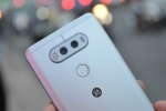 'Săn' những smartphone hấp dẫn chỉ bán trên thị trường xách tay