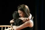 Trà Ngọc Hằng cùng cháu gái lấy nước mắt của hơn 200 khán giả