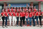 Hoa khôi sinh viên Hà Nội rạng rỡ trong chuyến tham quan thực tế