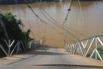 Sập cầu treo ở Đồng Nai, nhiều người rơi xuống sông: Khẩn trương cứu hộ