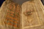 Bí ẩn lạ lùng trong cuốn sách được viết bởi quỷ Satan