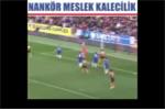 Những pha cản bóng kịch tính nghẹt thở của thủ môn