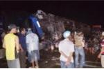 Lật xe giường nằm trong đêm, hơn 10 người bị thương
