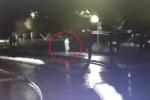 Mải dùng điện thoại, thiếu niên 15 tuổi ngã xuống hồ chết đuối không ai biết