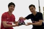 Công Phượng trao đổi áo với cựu sao Man Utd Kagawa