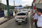 Dân lại đưa hàng chục ô tô chặn cầu Bến Thủy 1 để phản đối thu phí