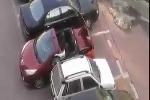 Bon chen chỗ đỗ xe và cái kết 'đắng' cho tài xế