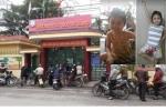 Bé gái 6 tuổi nghi bị 2 người lạ bắt cóc trước cổng trường