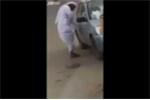 Phì cười kiểu khóa xe thách thức mọi loại trộm của 'dân chơi' Ả Rập