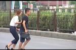 Đi bộ kiểu tùy tiện, nhiều người Việt đang 'giỡn mặt tử thần'